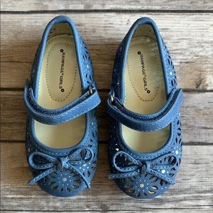Rampage Girl Toddler Blue & Silver Cutout Shoes 6